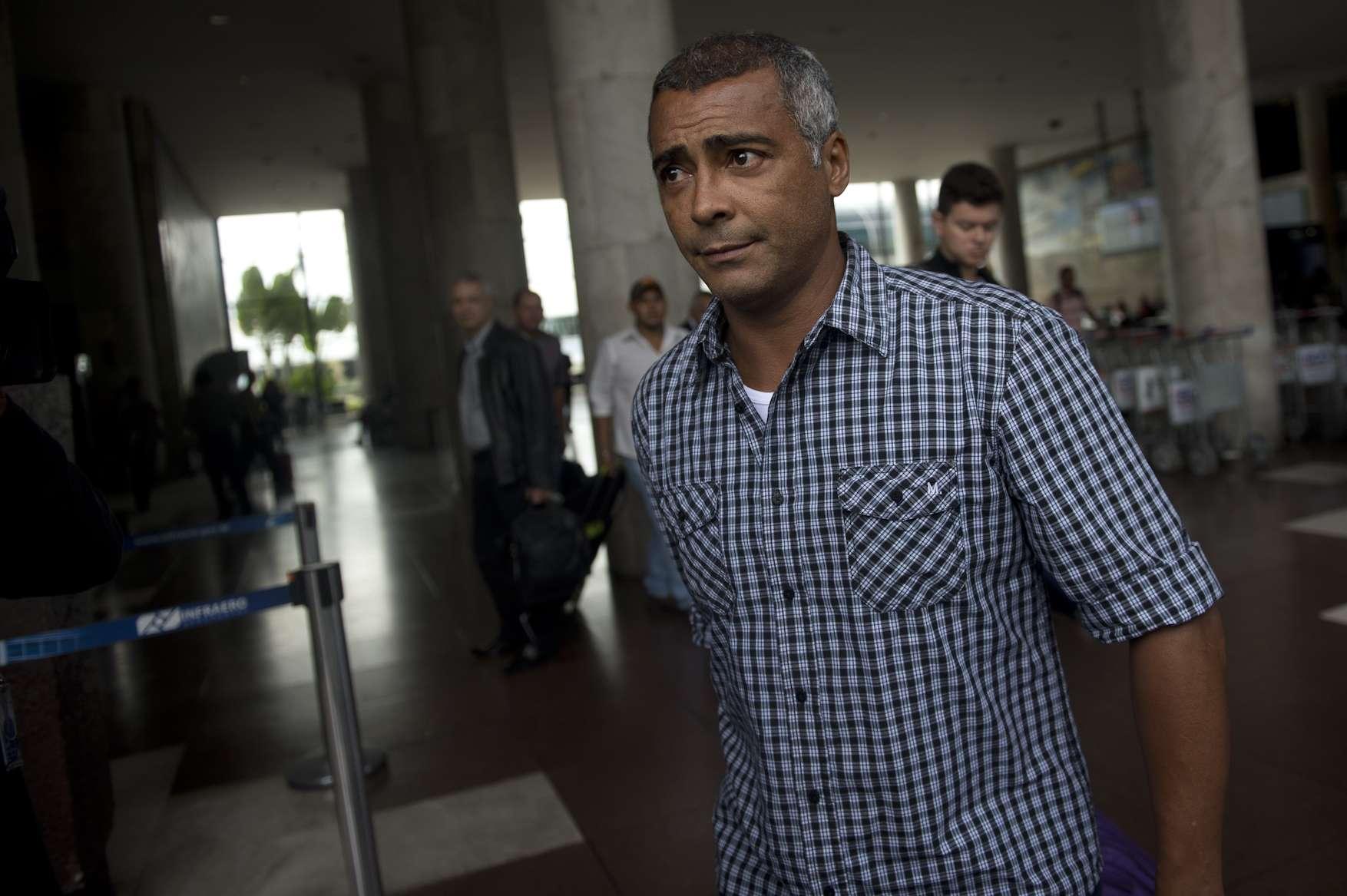 Romário criticou mudança de postura de Ronaldo, que criticou recentemente os gastos excessivos da Copa Foto: Mauro Pimentel/Terra