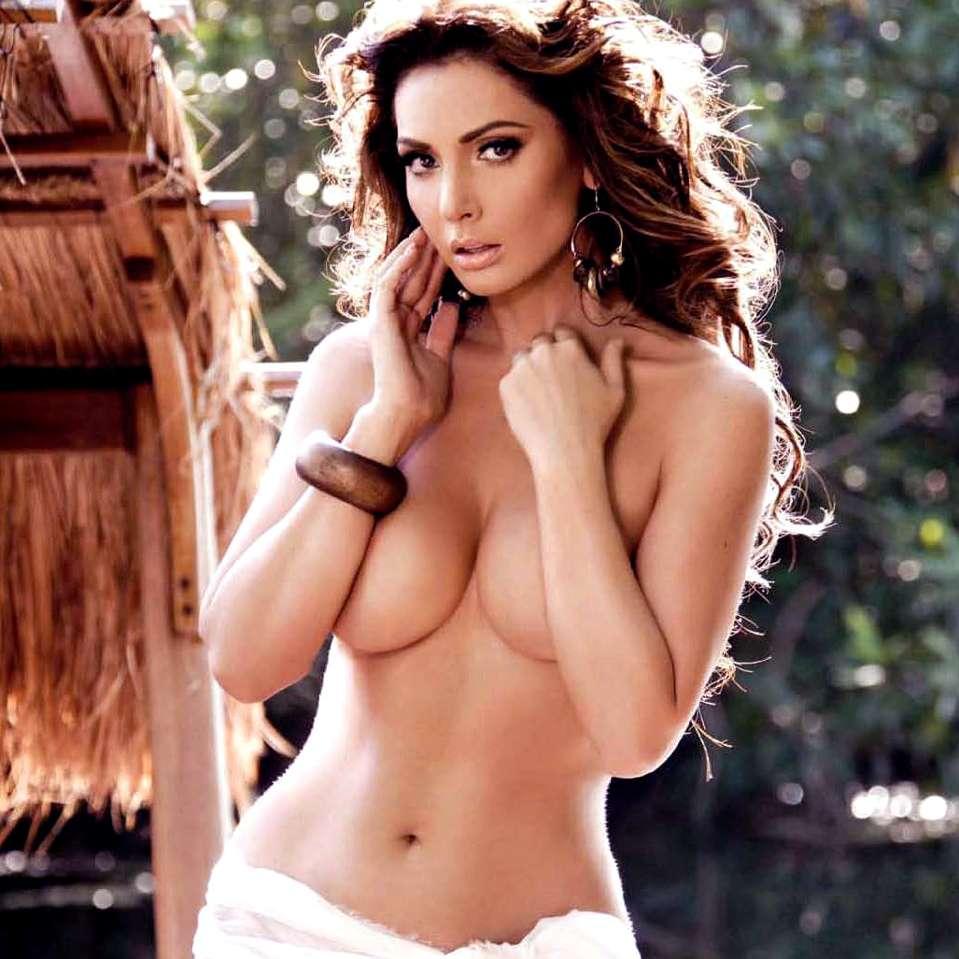 Famosas mexicanas sexys - Paty Navidad. Foto: H para Hombres