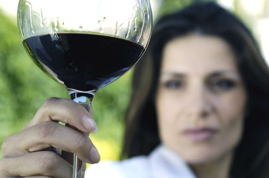 salud bucal vino Foto: Shutterstock