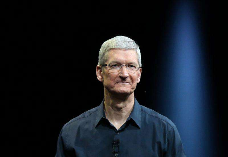 El presidente ejecutivo de Apple, Tim Cook, en una conferencia de desarrolladores en San Francisco, EEUU, jun 2 2014. El presidente ejecutivo de Apple Inc, Tim Cook, informó el lunes que el fabricante del iPhone ha vendido más de 800 millones de dispositivos móviles. Foto: Robert Galbraith/Reuters
