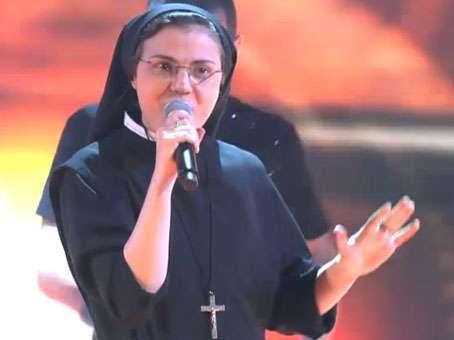 Cristina Scuccia acha que papa Francisco não reprova sua participação no programa Foto: Reprodução