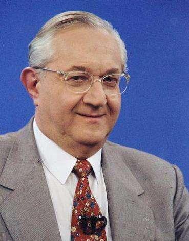 Boris Casoy rouba cena em debate; relembre gafes do âncora