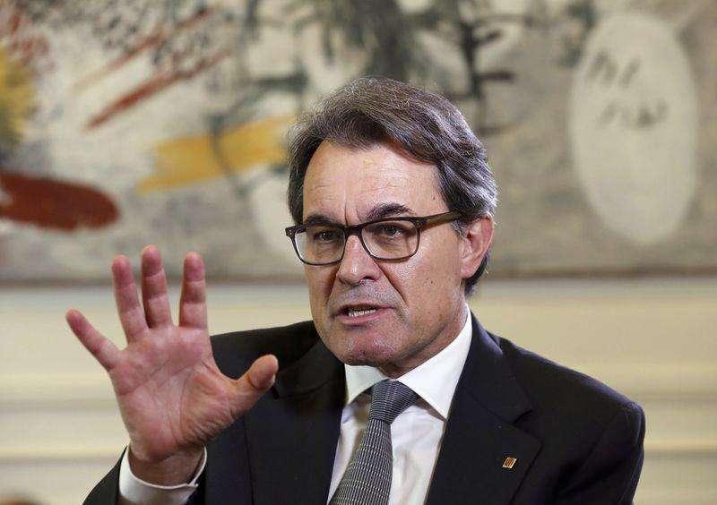 O presidente da Catalunha, Artur Mas, concede entrevista à Reuters no Palácio Real Pedralbes, em Barcelona, na Espanha, nesta quarta-feira. 04/06/2014 Foto: Gustau Nacarino/Reuters