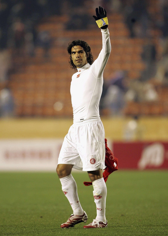 Fernandão foi o capitão do título mundial do Internacional em 2006 Foto: Getty Images