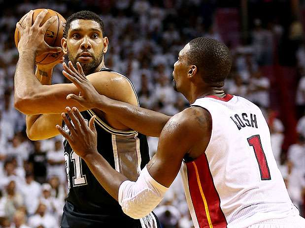 Chris Bosh renova com Miami Heat por cinco temporadas