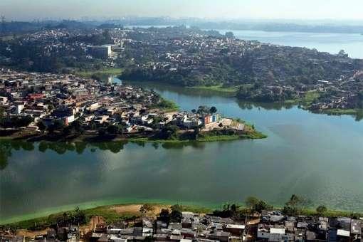 Moradores do Cantinho do Céu, às margens da represa Billings, deverão ter opção de transporte por barcas. Foto: Reprodução