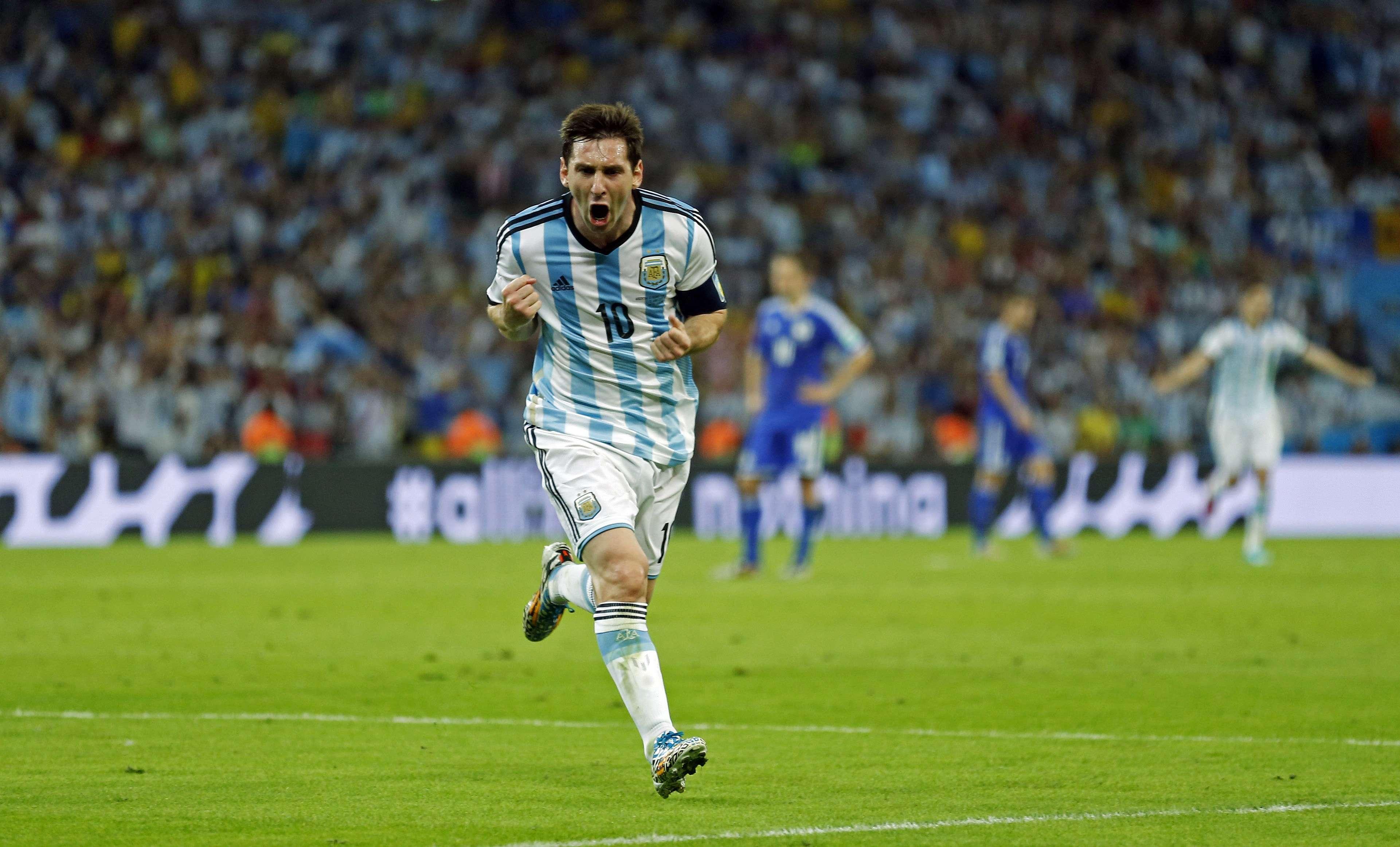 """Após gol decisivo, tuiteiros não perdoam Messi: """"jogou nada"""""""