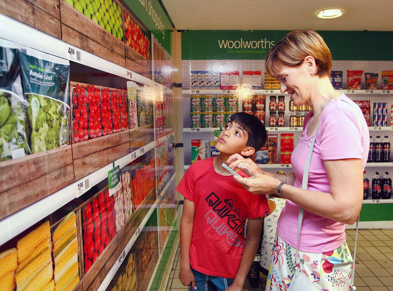Trucos de los supermercados para que consumamos más