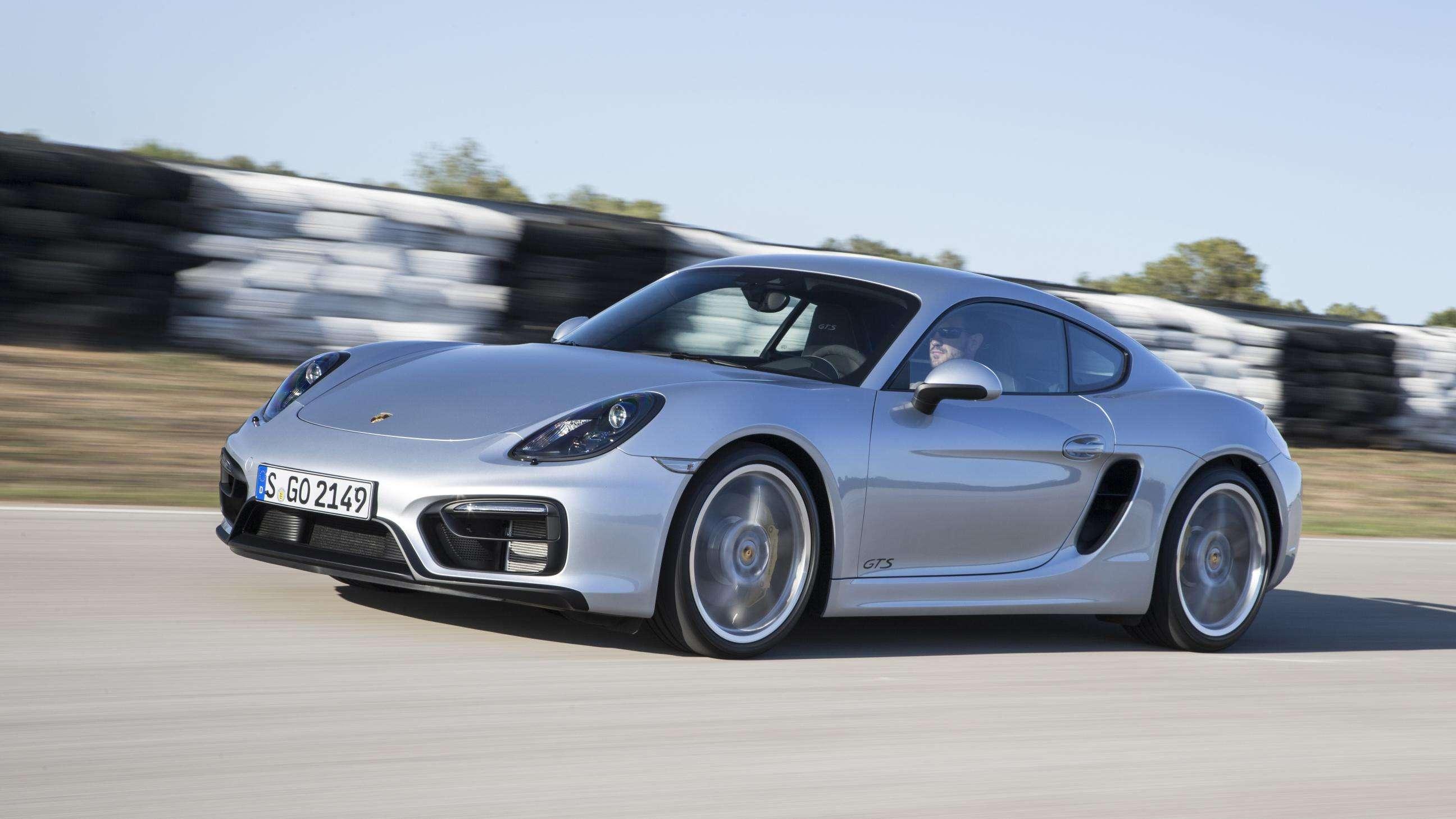 Porsche: ex-chefes serão julgados por tentar comprar VW