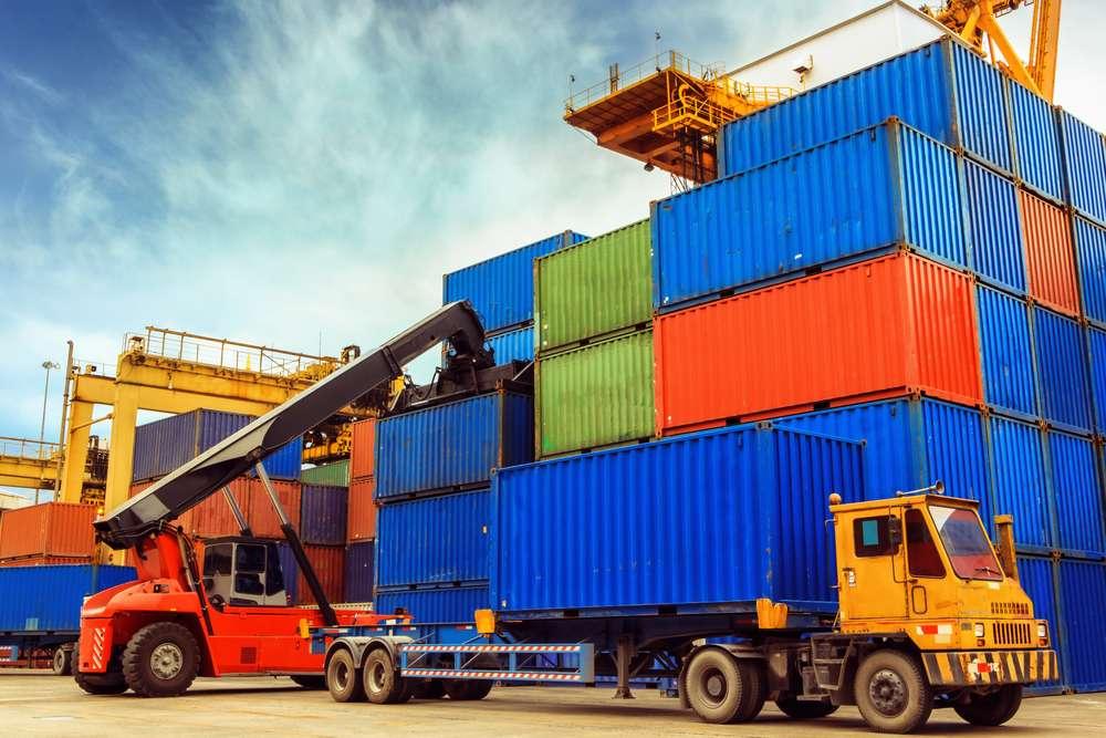 Só em 2013, um total de 33.559 empresas brasileiras importaram até R$ 1 milhão segundo dados do Ministério do Desenvolvimento, Indústria e Comércio Exterior Foto: Shutterstock