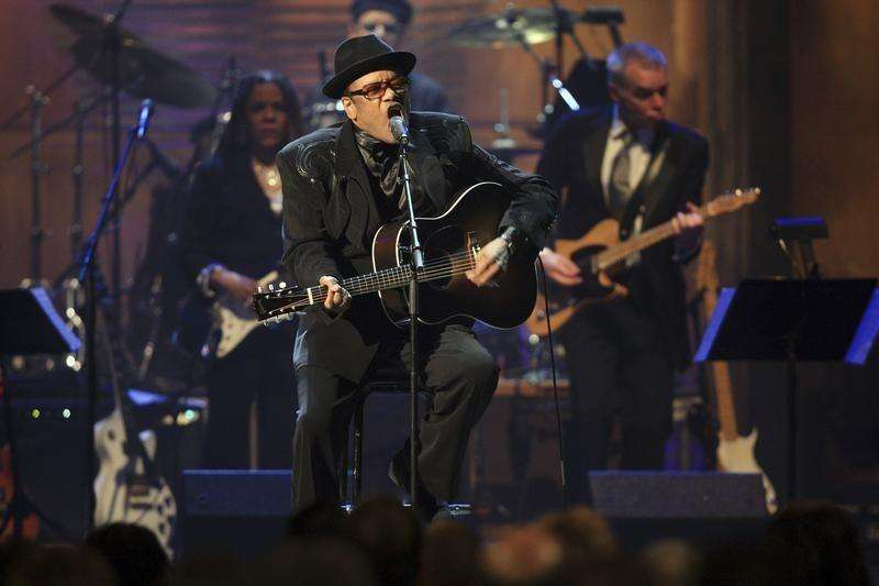 U.S. soul singer Bobby Womack dies at age 70 -publicist