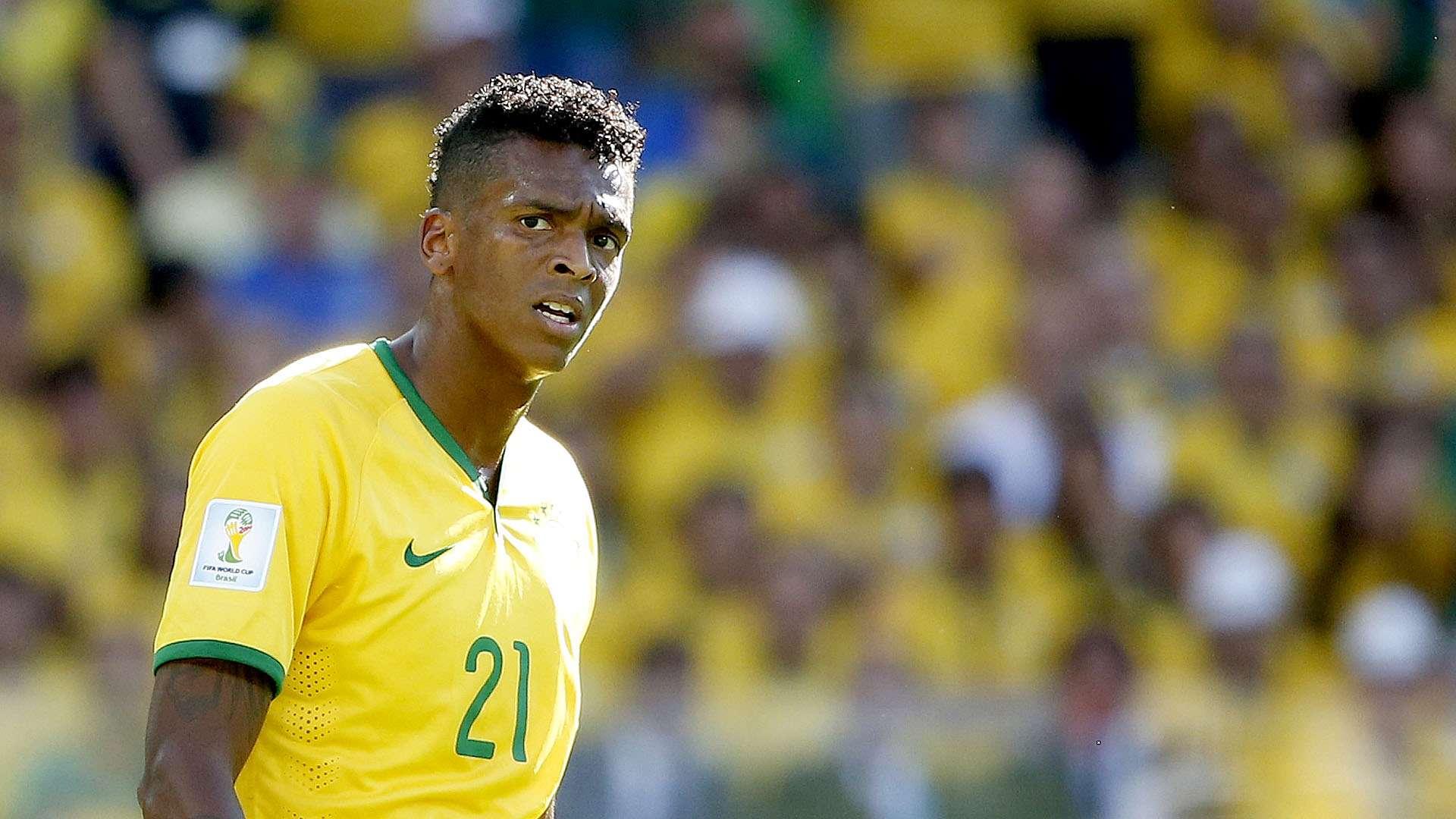 Jô lamenta bola perdida pela Seleção Brasileira Foto: Ricardo Matsukawa/Terra