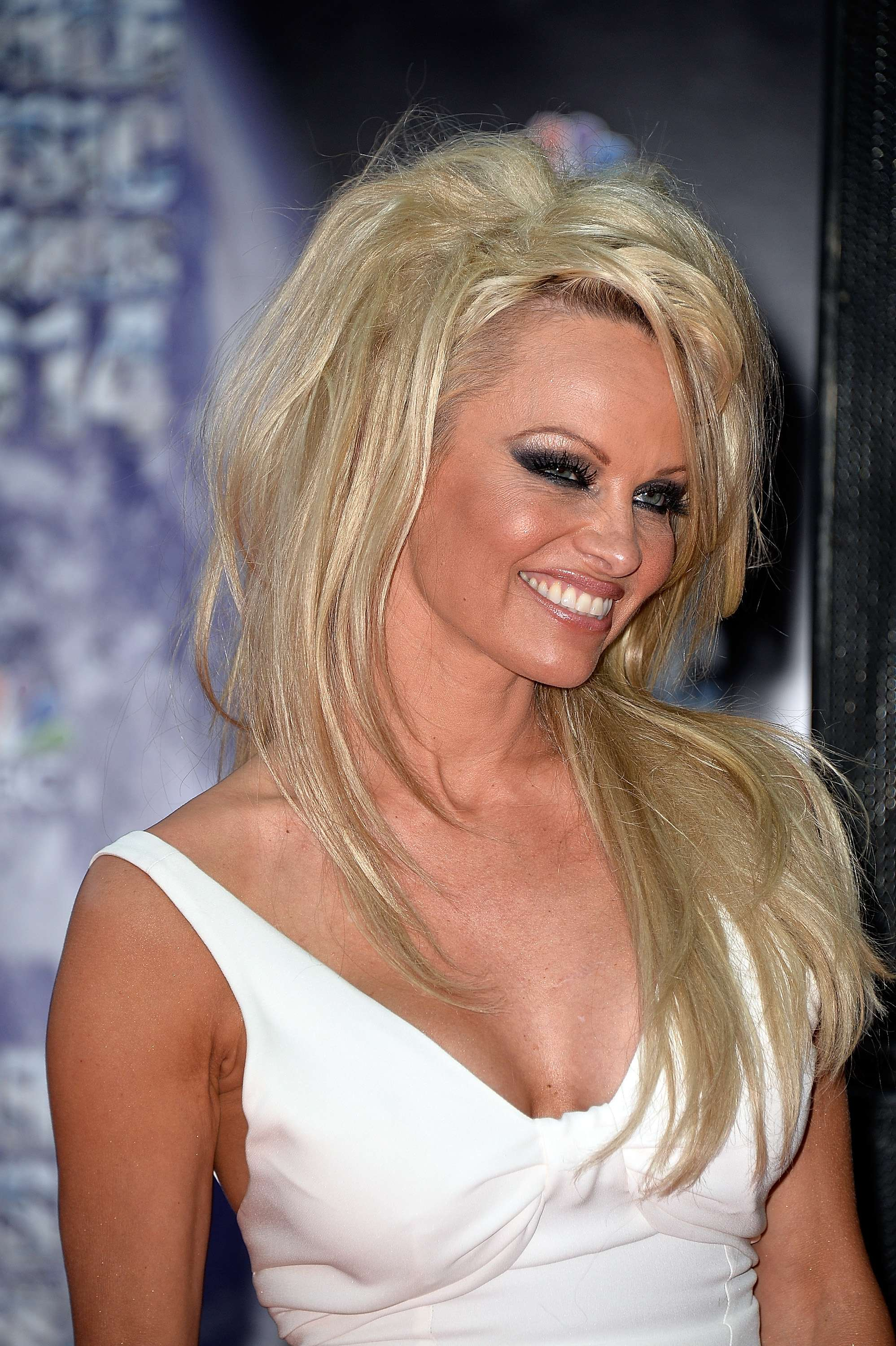 VIDEO: Pamela Anderson Files For Divorce!