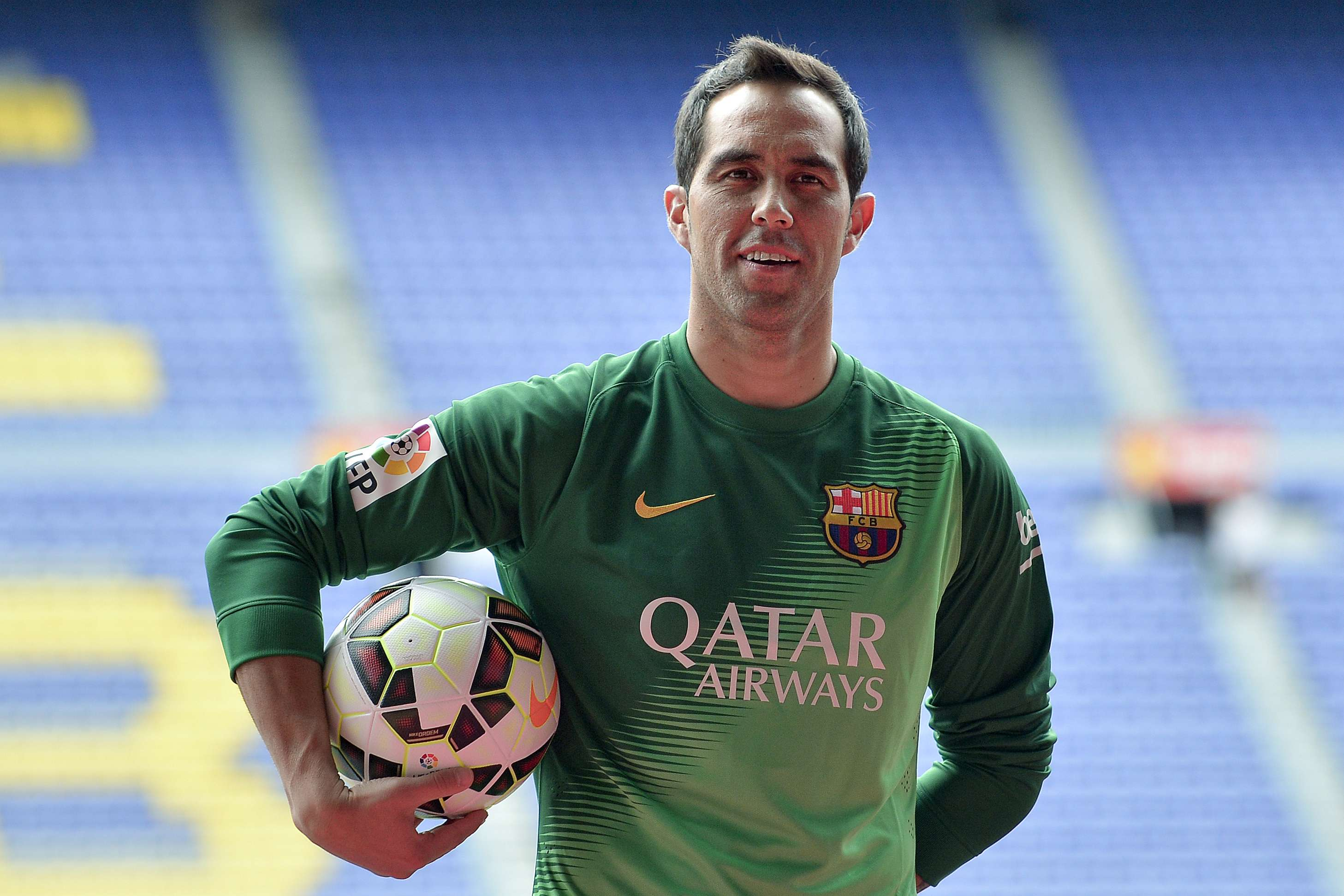 Claudio Bravo firmó por cuatro temporadas Foto: AFP en español