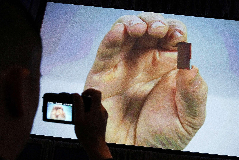 El chip anticonceptivo que puede apagarse a control remoto