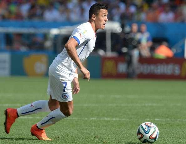 """El chileno pasaría a los """"Gunners"""" por un acuerdo cercano a los 35 millones de euros. Foto: Getty Images"""