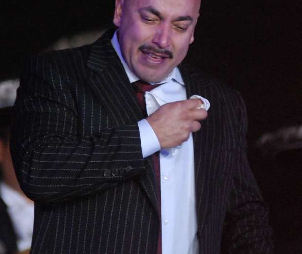 Lupillo Rivera se encuentra hospitalizado