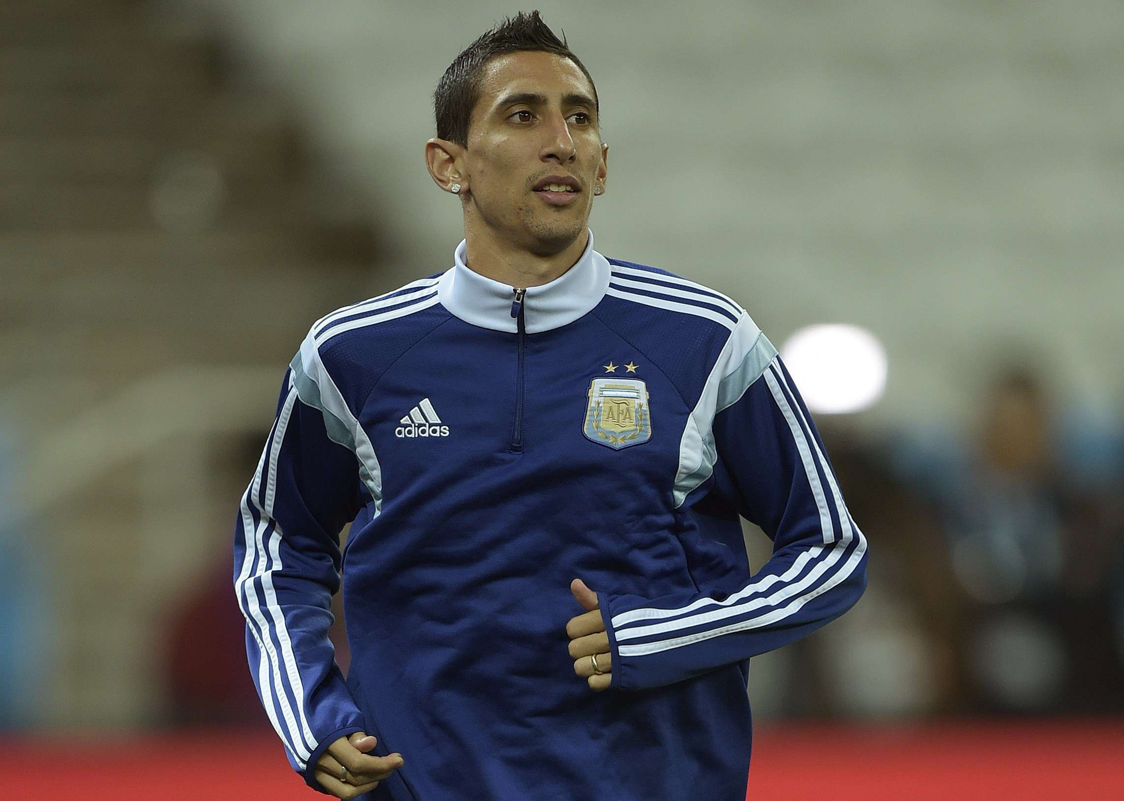 Di Maria racing time to be fit for final
