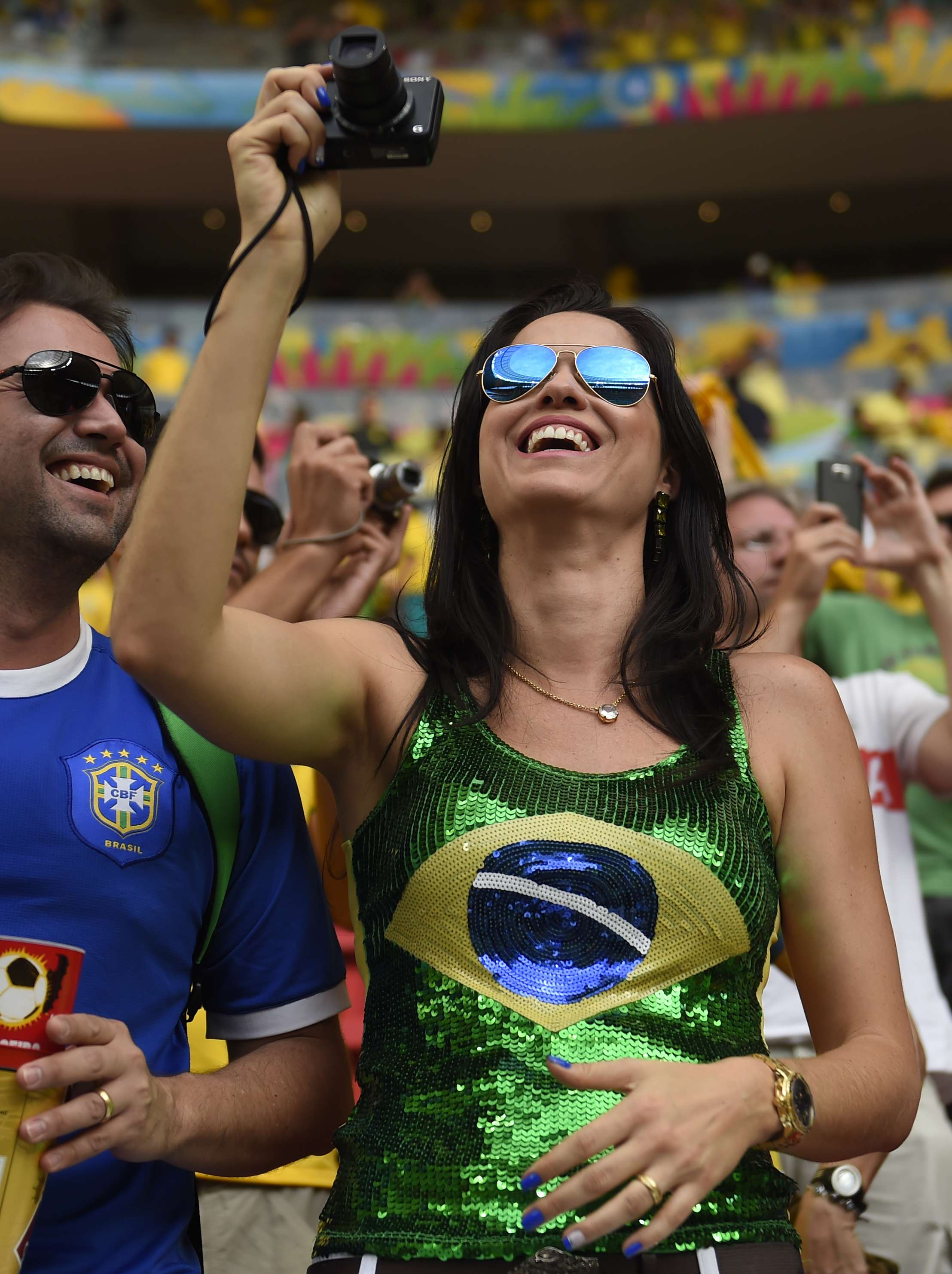 Brazil vs. Netherlands: Which had the hottest fans?