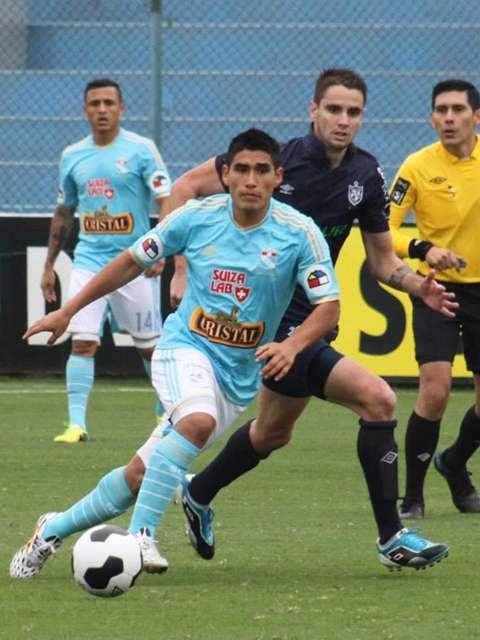 Irven Ávila, goleador de Sporting Cristal, no pudo aumentar su cuenta. Foto: Facebook Sporting Cristal