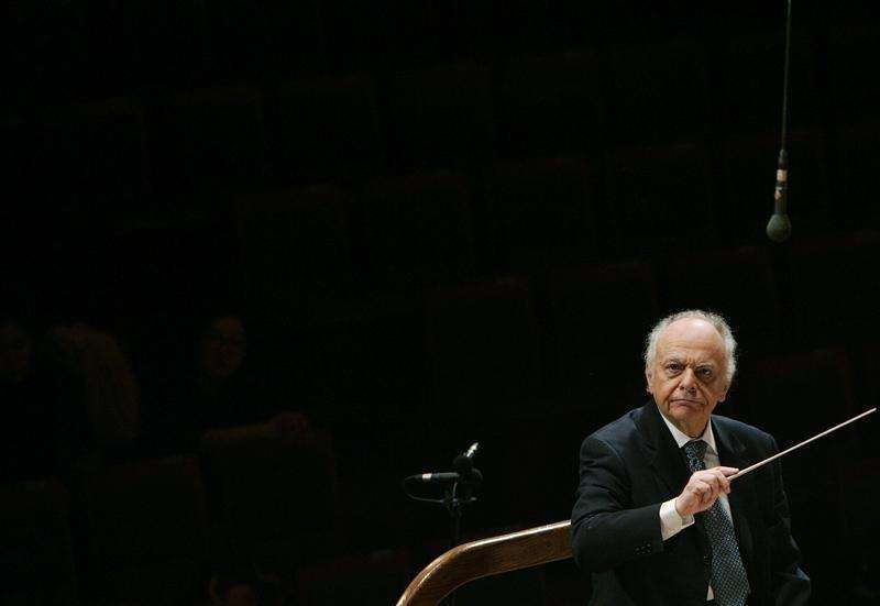 Classical music world mourns conductor Maazel, dead at 84