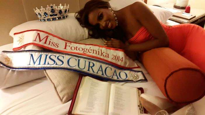 Facebook Laurien Angelista for Miss Universe Curacao 2014