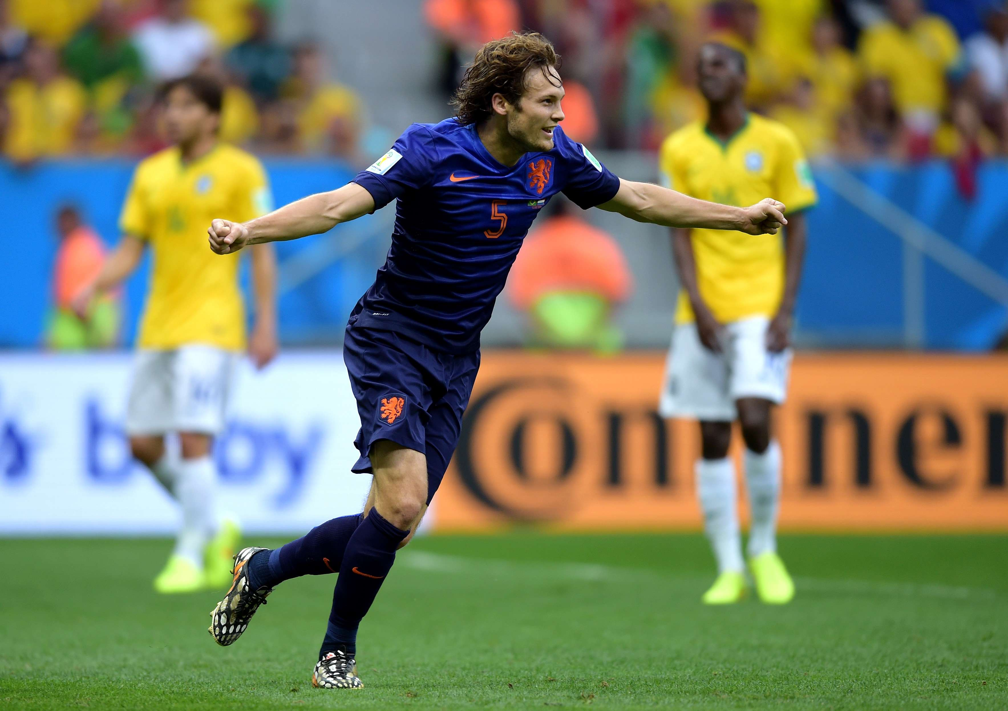 Daley Blind se convierte en la alternativa a Mathieu