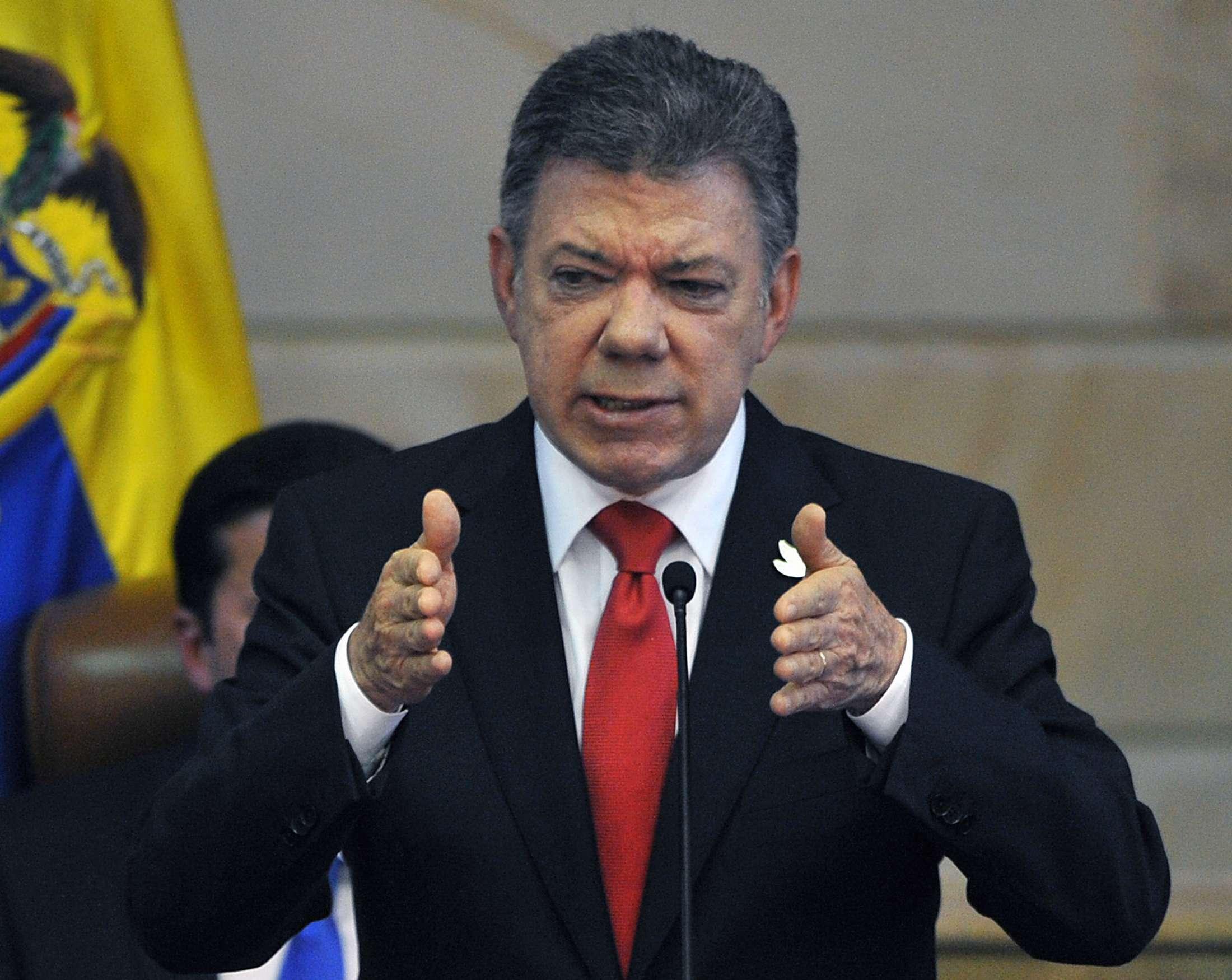 O presidente da Colômbia, Juan Manuel Santos, discursa durante a instalação do novo Congresso do país, em Bogotá Foto: AFP