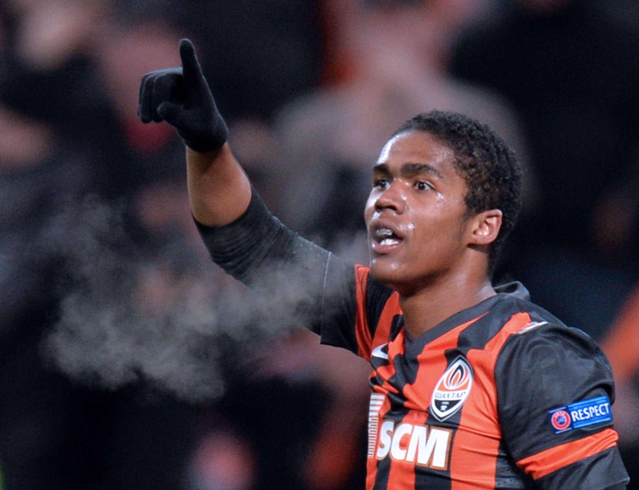 Shakhtar midfielder says players' lives are at risk