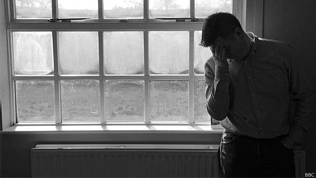 Estudo internacional sugere que esquizofrenia pode ter causas biológicas Foto: BBC
