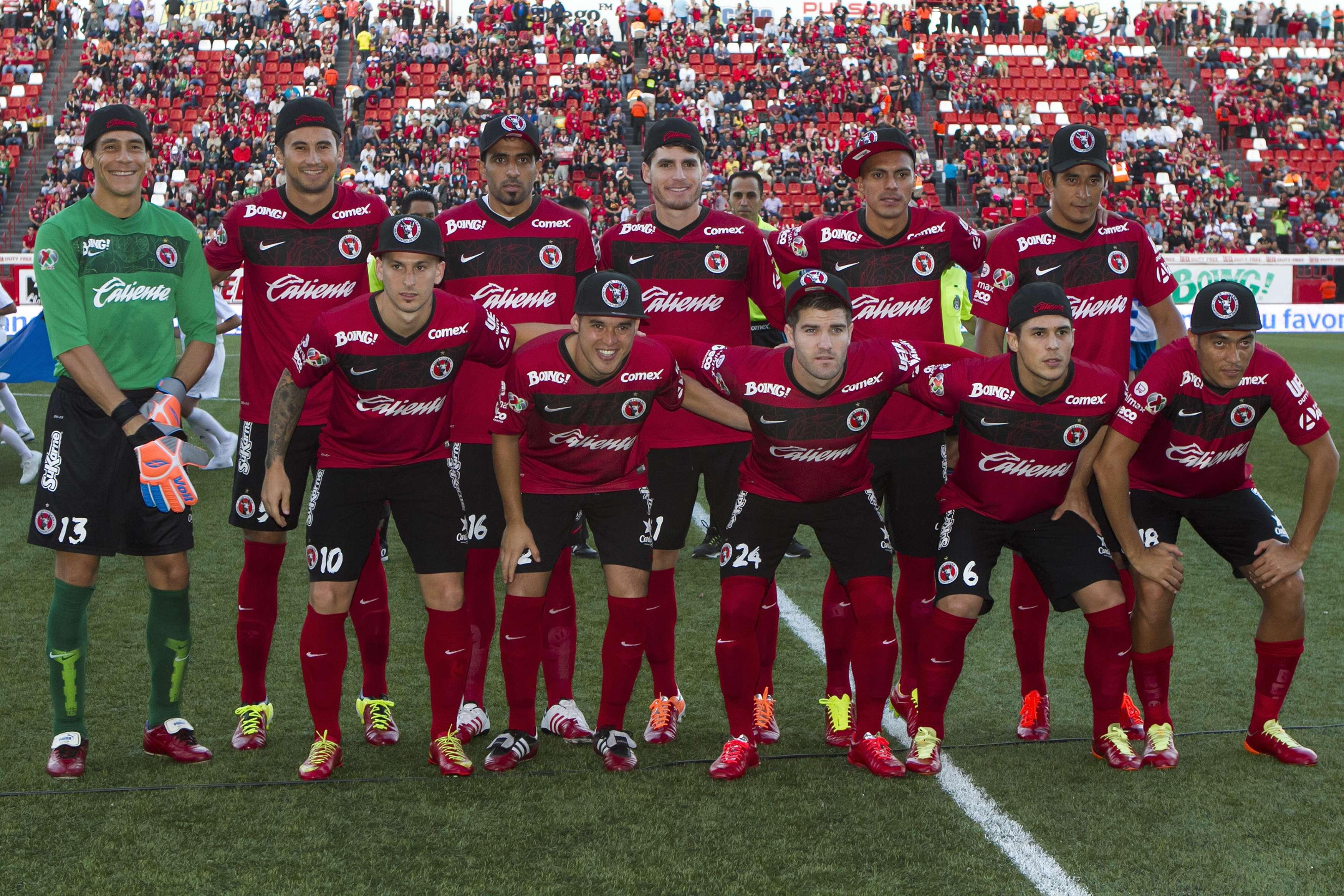 Las gorras durante la ceremonia y la foto oficial no están permitidas por la Liga MX. Foto: Mexsport