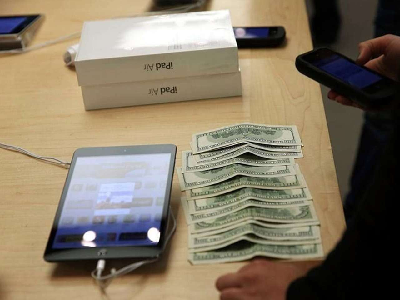 Tabletas de Apple y Samsung pierden terreno