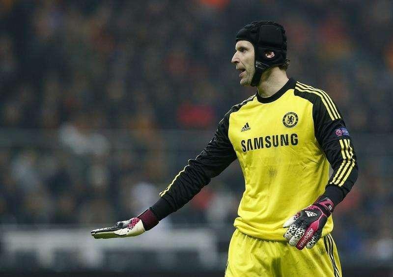 Goleiro Petr Cech participa de jogo do Chelsea contra o Galatasaray, em 26 de fevereiro. Foto: Murad Sezer/Reuters