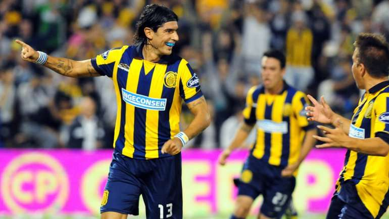 Abreu es el líder del gol para Rosario Central Foto: Fotobaires.