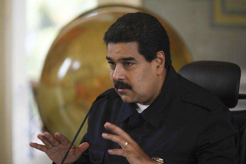 En la imagen, el presidente venezolano Nicolás Maduro en declaraciones durante una conferencia de prensa en el Palacio de Miraflores en Caracas. 23 de julio del 2014. Un general en retiro venezolano acusado de narcotráfico por Estados Unidos permanecía el sábado en una cárcel de la isla caribeña de Aruba a la espera de un pedido formal de extradición del país norteamericano, dijo su abogado. Foto: Miraflores Palace/Reuters
