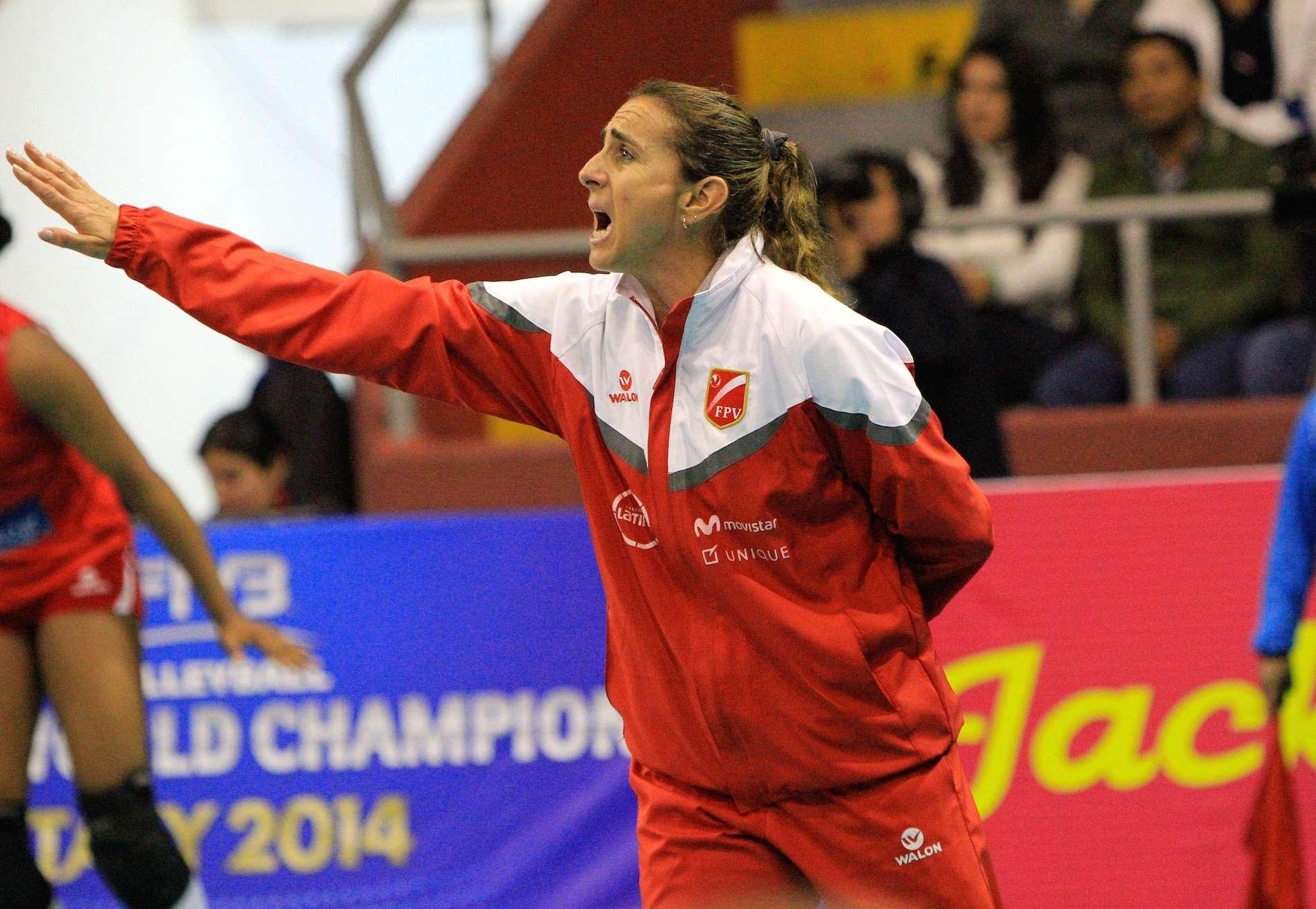 Natalia Málaga, entrenadora del seleccionado peruano. Foto: FPV