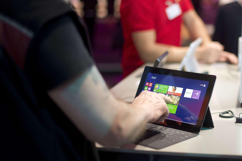 ¿Habría alguna posibilidad para una Surface Mini en el futuro? Los expertos creen que no. Foto: Getty Images