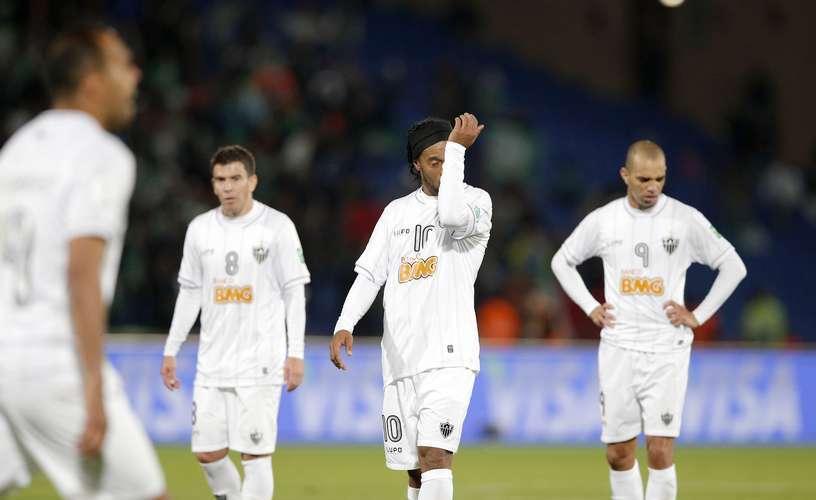 Ronaldinho enfrentou fracasso no Mundial de Clubes, torneio em que o Atlético-MG foi eliminado ainda na semifinal, para o Raja Casablanca Foto: AP