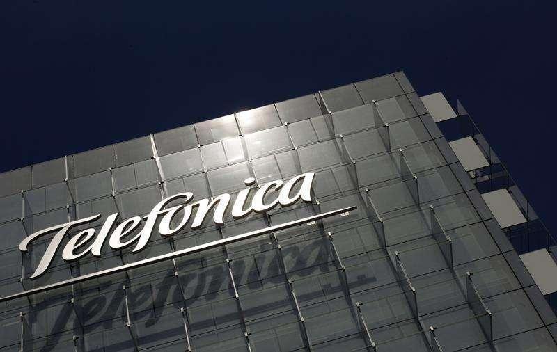Logo Telefônica na sede da empresa em Madri. 29/07/2010 Foto: Susana Vera/Reuters
