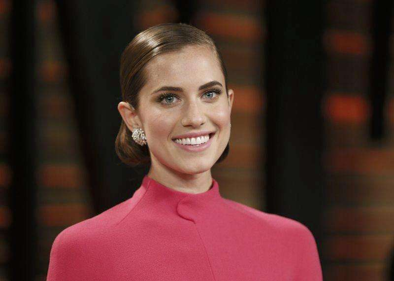 Allison Williams to star in NBC's live 'Peter Pan' musical