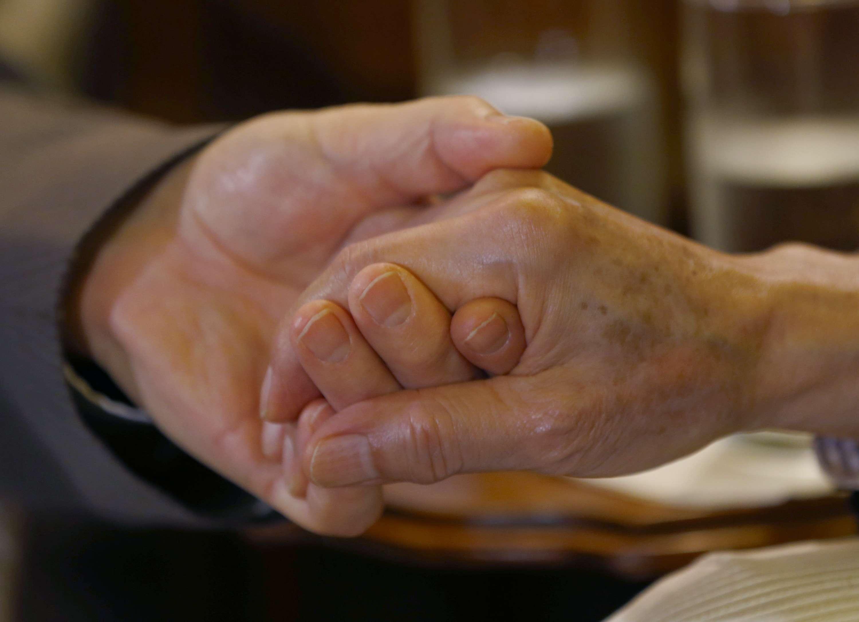 Suprema Corte dos EUA suspende casamento gay na Virgínia