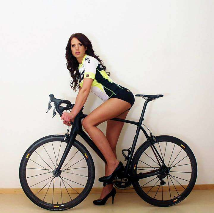 Sexy Cycling Calendar Swiss/Facebook