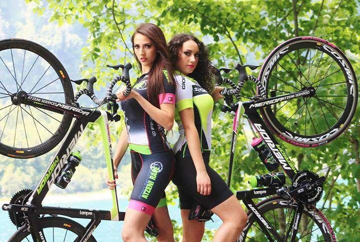 Sexy Cycling Calendar Swiss/Facebook/Reproducción