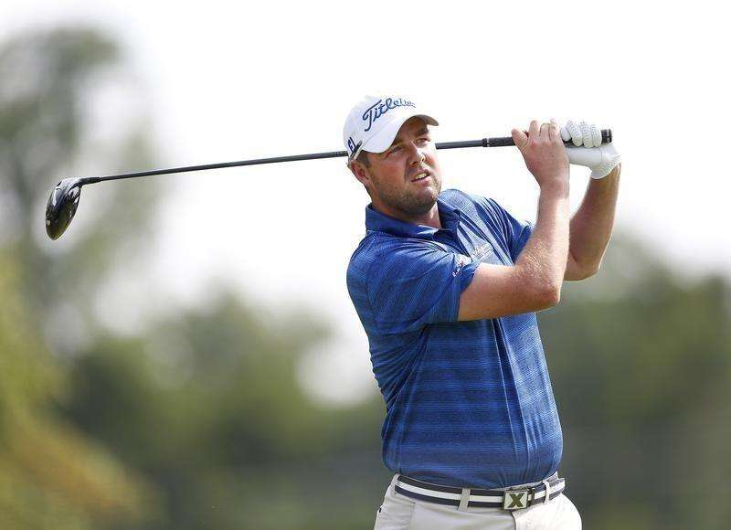 Leishman takes early control at Firestone