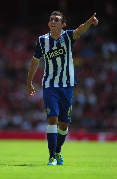 Porto revela que planea fichar más jugadores mexicanos