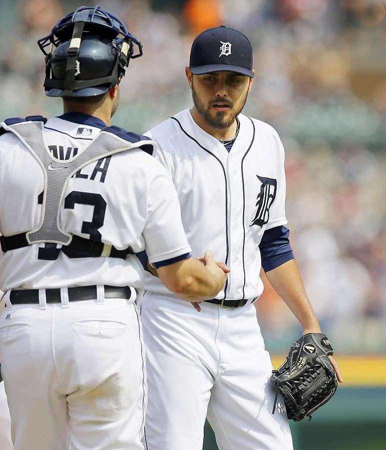 El relevista mexicano de los Tigres de Detroit, Joakim Soria, acabó retirando a los siguientes tres bateadores. Foto: AP