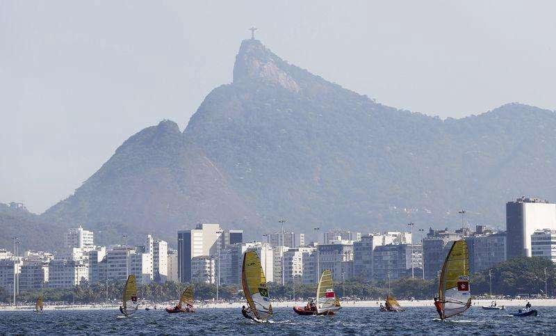 Velejadores participam do primeiro evento-teste para os Jogos Olímpicos Rio 2016, na Baía de Guanabara. 03/08/2014 Foto: Sergio Moraes/Reuters