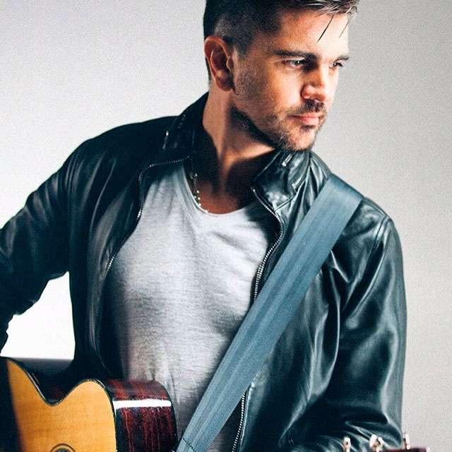 Instagram Juanes