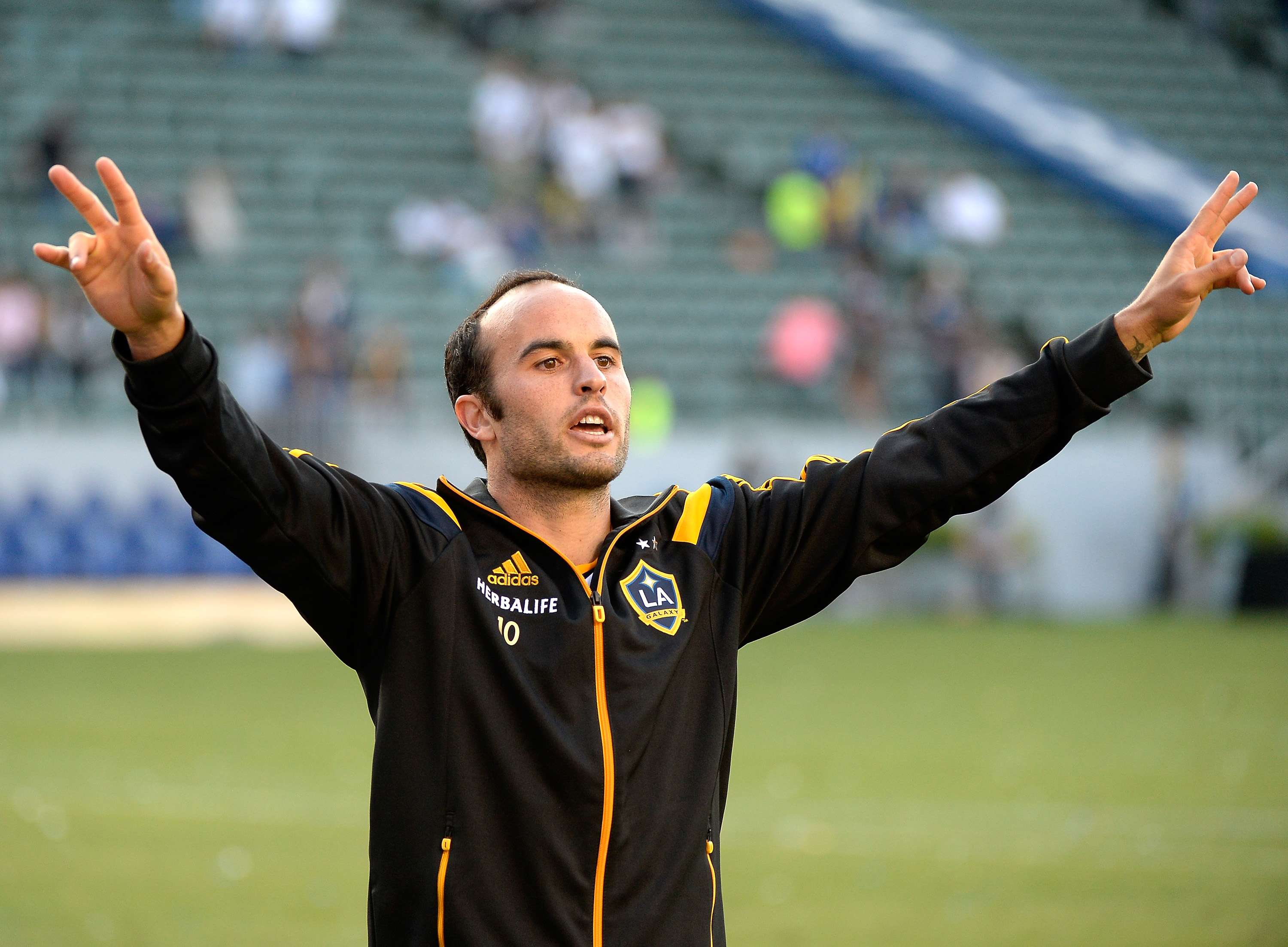 Landon Donovan will play farewell game against Ecuador