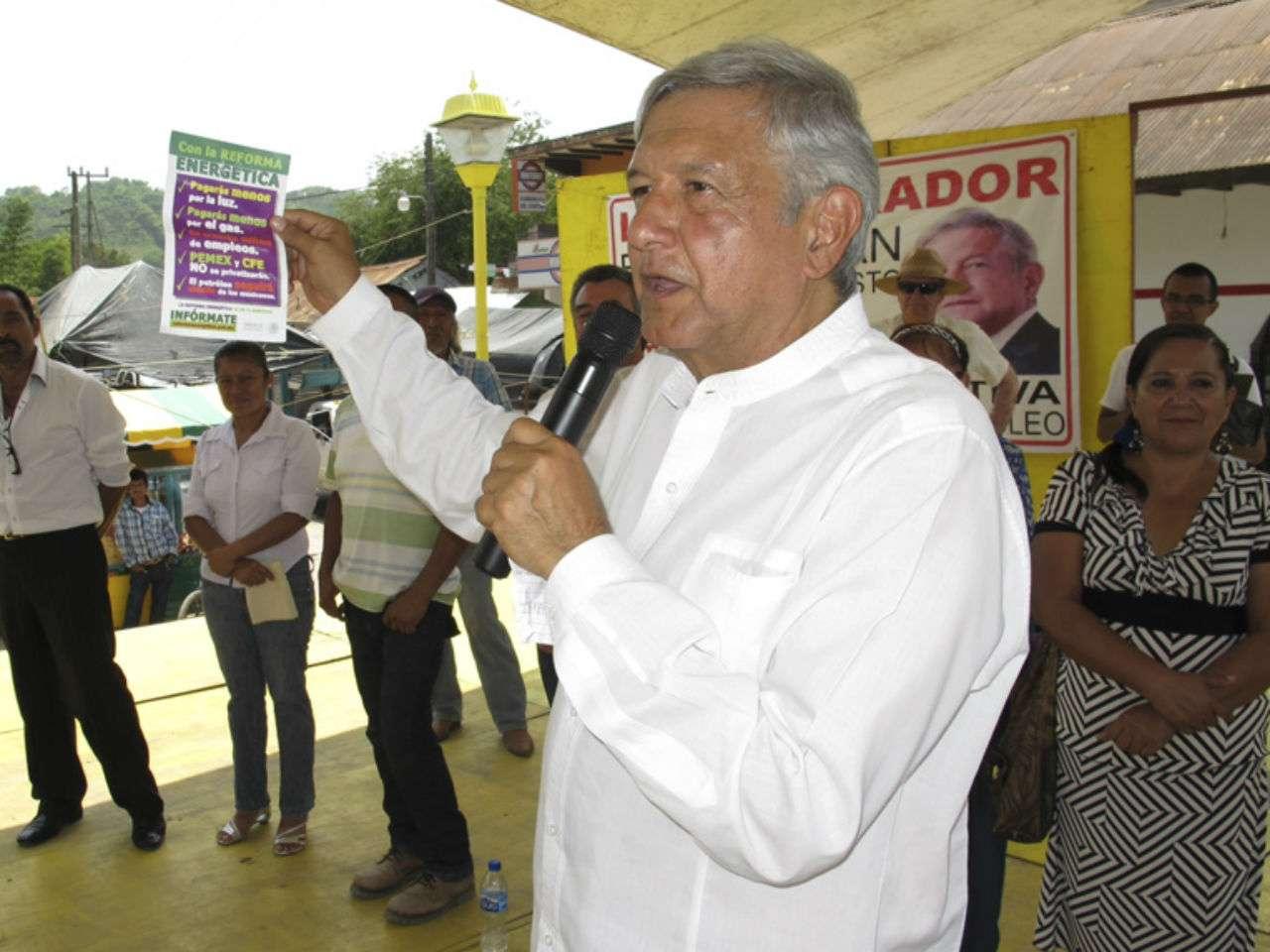 La reforma energética es sinónimo de la privatización de la industria petrolera nacional, aseveró López Obrador. Foto: http://lopezobrador.org.mx/